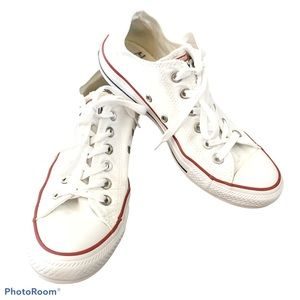 Converse Chuck Taylor All Star white sneakers 8.5